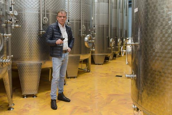 Weingut Pfaffenweiler Weinhaus Wein Baden Winzer Deutschland