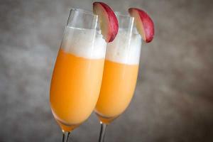 Alkoholfreie Cocktails Virgin Bellini Rezept