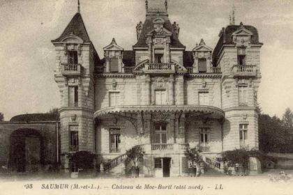 Familienschloss der Familie Bouvet von Bouvet Ladubay Frankreich